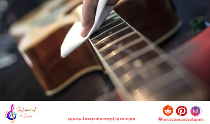 how-to-clean-acoustic-guitar
